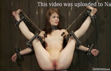 Skinny sub Sensi Pearl tied and suspended