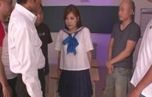 Student Yura Kasumi is a naughty girl