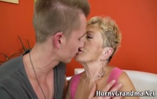 Granny slut gives head and gets licked